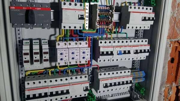 электромонтажные работы - услуги электрика, ремонт электропроводки, монтаж электропроводки
